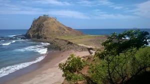 Roca ente Playas Minas & Nombre de Jesus